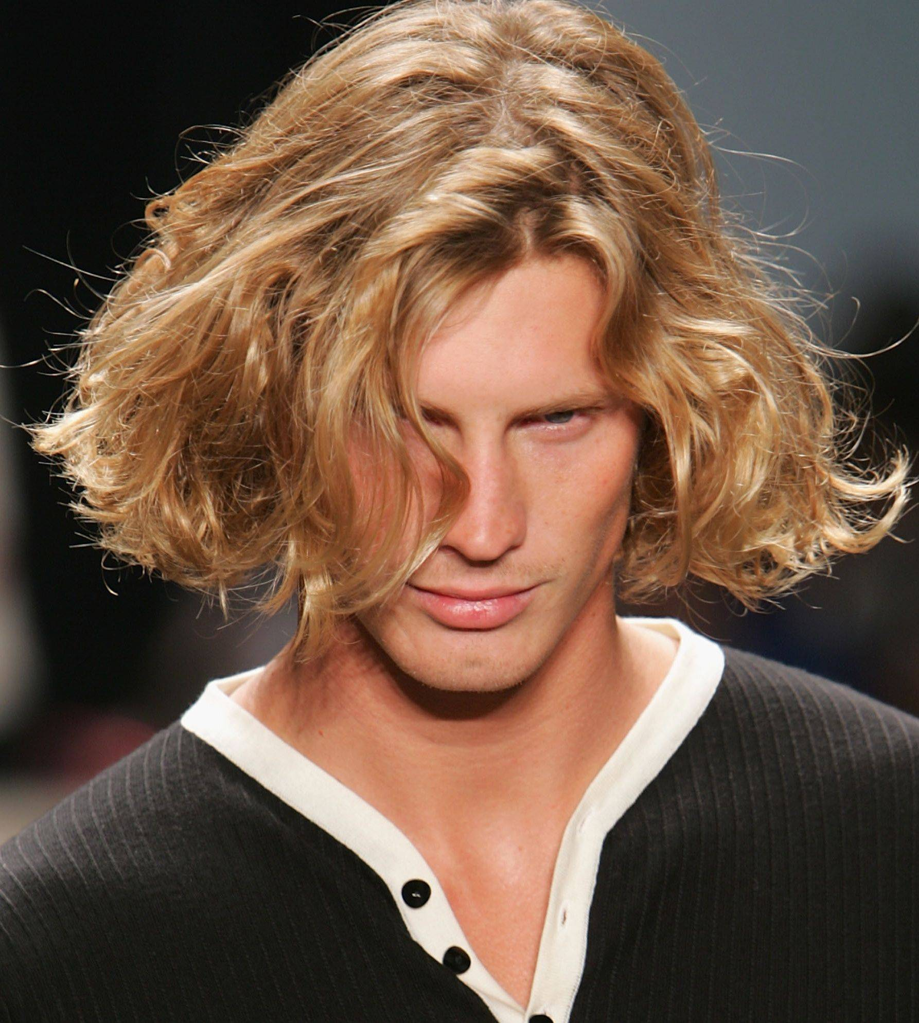 2016 Hairstyles for Men with Long Hair