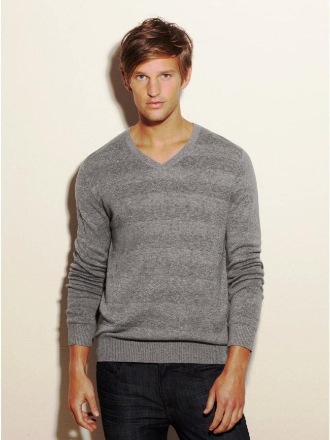 Guess V-Neck Sweater Men