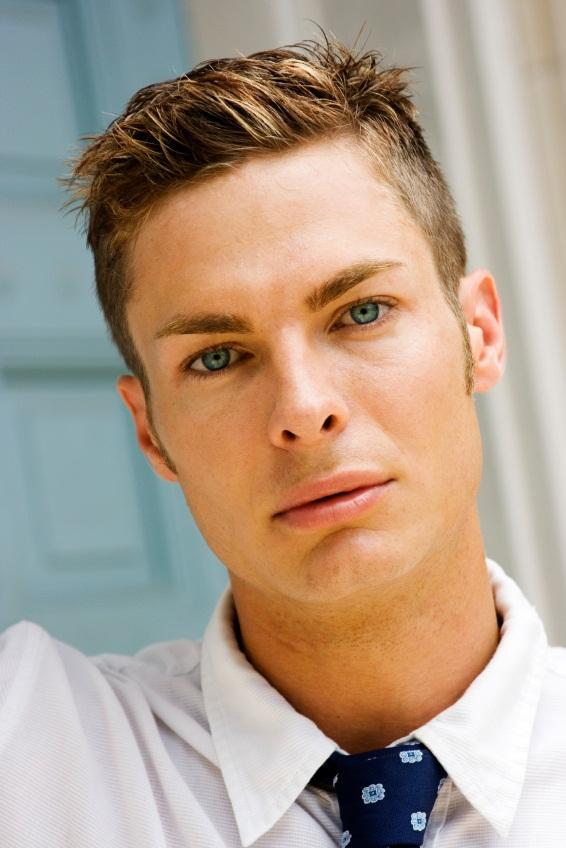 Men Short Hairstyles for Young Professionals