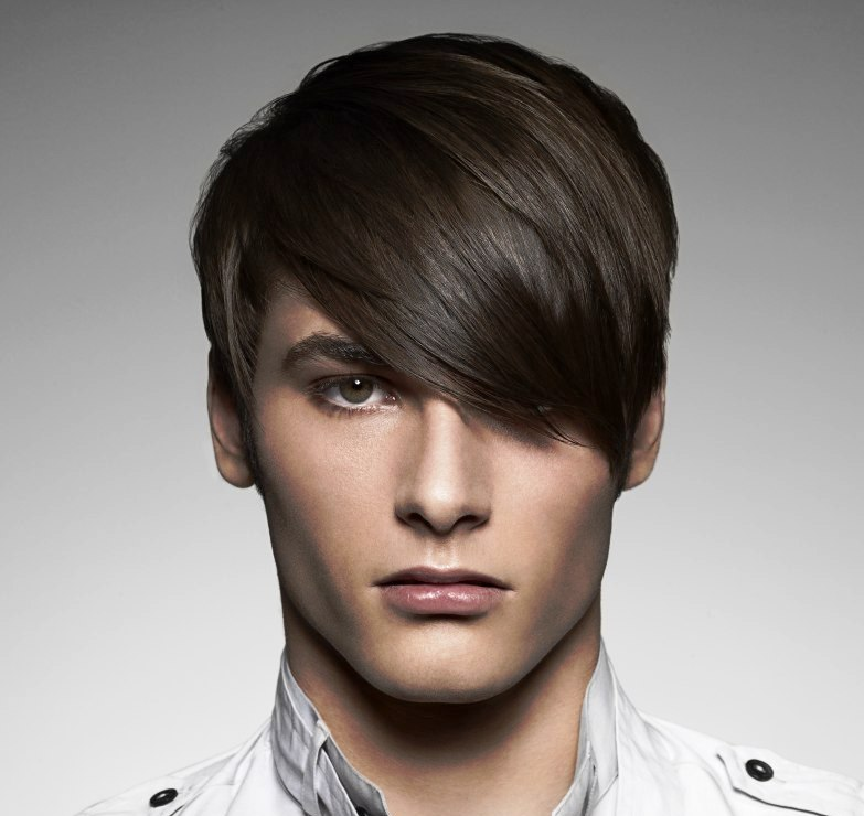 Short men's haircut with long bangs