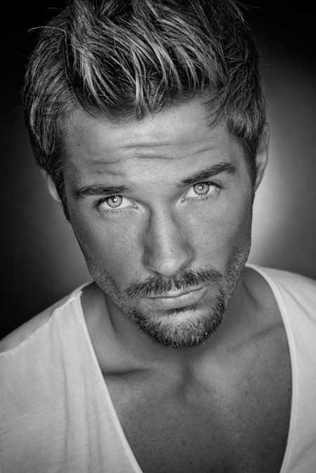Trendy Men's Hairstyles Grey Hair