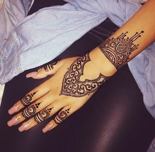 Black Henna Tattoo Tumblr: 70 Impressive Henna Tattoo Designs