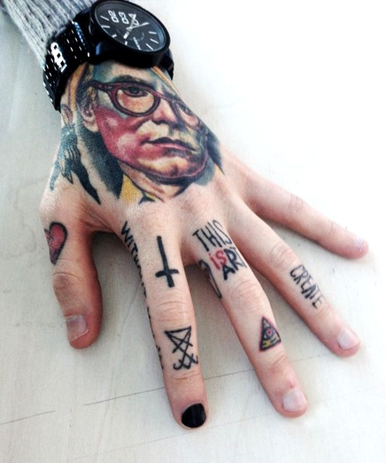 hand tattoos fingers